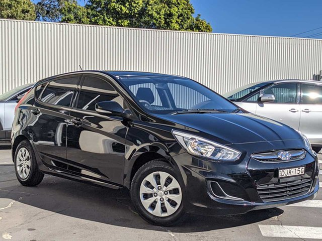 Used Hyundai Accent RB4 MY16 Active Wollongong, 2016 Hyundai Accent RB4 MY16 Active Black 6 Speed Constant Variable Hatchback