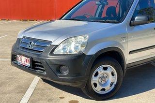 2006 Honda CR-V 2005 Upgrade (4x4) Silver 5 Speed Manual Wagon.