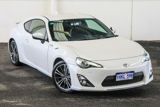 Pre-Owned Toyota 86 ZN6 MY15 GTS Rockingham, 2015 Toyota 86 ZN6 MY15 GTS White Liquid 6 Speed Auto Sequential Coupe