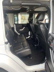 2015 Jeep Wrangler JK MY2015 Overland White/270315 5 Speed Automatic Hardtop