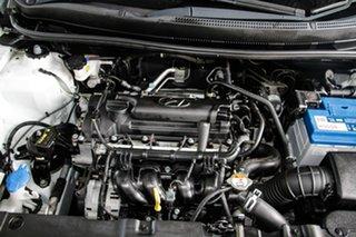 2016 Hyundai Accent RB4 MY16 Active White 6 Speed CVT Auto Sequential Hatchback