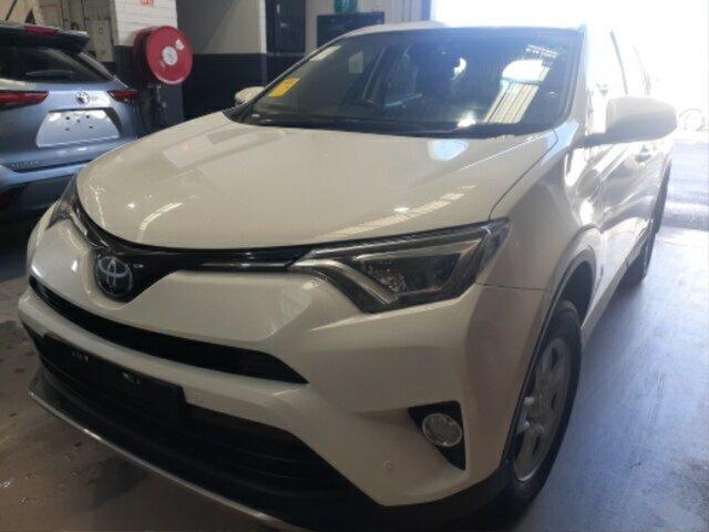 Pre-Owned Toyota RAV4 ASA44R MY18 GX (4x4) Myaree, 2018 Toyota RAV4 ASA44R MY18 GX (4x4) Glacier White 6 Speed Automatic Wagon