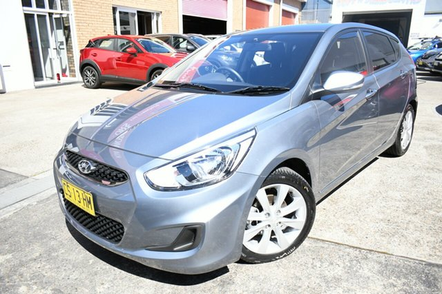 Used Hyundai Accent RB6 MY18 Sport Narrabeen, 2018 Hyundai Accent RB6 MY18 Sport Silver 6 Speed Automatic Hatchback