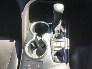 2017 Toyota Camry AXVH71R SL Glacier White 6 Speed Constant Variable Sedan Hybrid