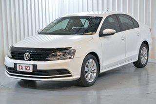 2015 Volkswagen Jetta 1B MY16 118TSI Trendline White 6 Speed Manual Sedan.