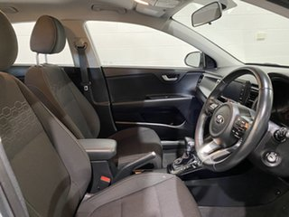 2018 Kia Rio YB MY19 Sport White 6 Speed Automatic Hatchback.