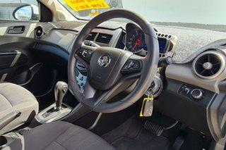 2015 Holden Barina TM MY16 CD White 6 Speed Automatic Hatchback.