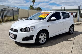2015 Holden Barina TM MY16 CD White 6 Speed Automatic Hatchback
