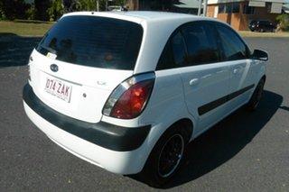 2009 Kia Rio JB MY09 LX White 4 Speed Automatic Hatchback.