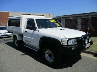 2010 Nissan Patrol GU 7 MY10 DX White 5 Speed Manual Wagon.