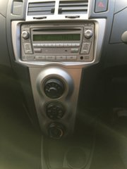 2010 Toyota Yaris NCP90R MY11 YR Black 5 Speed Manual Hatchback