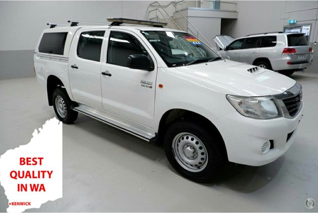 Used Toyota Hilux KUN26R MY14 SR Double Cab Kenwick, 2014 Toyota Hilux KUN26R MY14 SR Double Cab White 5 Speed Manual Utility