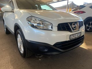 2013 Nissan Dualis J10W Series 4 MY13 ST Hatch X-tronic 2WD White 6 Speed Constant Variable