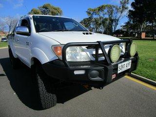 2006 Toyota Hilux KUN26R SR5 (4x4) White 5 Speed Manual X Cab Pickup.