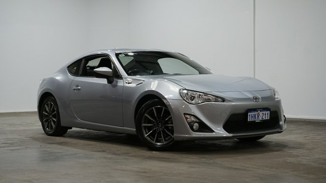 Used Toyota 86 ZN6 GT Welshpool, 2015 Toyota 86 ZN6 GT Silver 6 Speed Sports Automatic Coupe