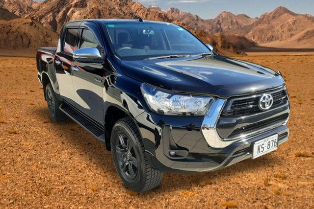 Demo Toyota Hilux , Toyota Hilux Mid Spec Attitude Black Manual