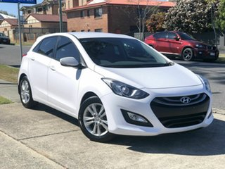 2014 Hyundai i30 GD2 MY14 SE White 6 Speed Sports Automatic Hatchback.