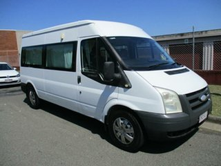 2006 Ford Transit VJ Mid Roof White 6 Speed Manual Bus.