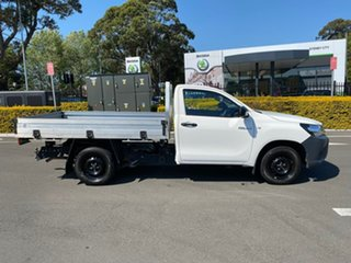2017 Toyota Hilux TGN121R Workmate 4x2 White 5 Speed Manual Cab Chassis