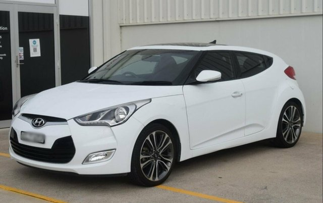 Used Hyundai Veloster FS5 Series II Coupe Maryville, 2017 Hyundai Veloster FS5 Series II Coupe White 6 Speed Manual Hatchback