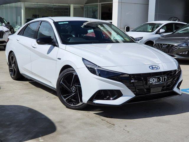 Demo Hyundai i30 CN7.V1 MY21 N Line D-CT Oakleigh, 2021 Hyundai i30 CN7.V1 MY21 N Line D-CT White 7 Speed Sports Automatic Dual Clutch Sedan