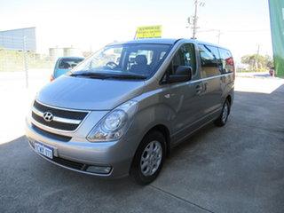 2013 Hyundai iMAX TQ Silver 4 Speed Automatic Van.