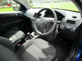 2006 Holden Astra AH MY06 CDX Blue 5 Speed Manual Wagon