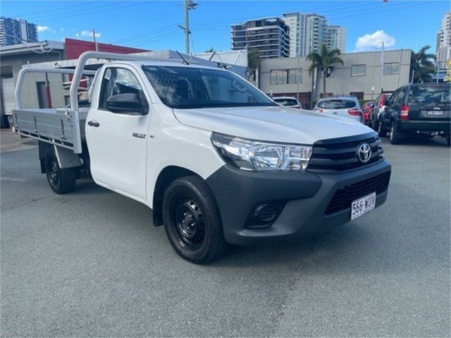 Used Toyota Hilux GUN122R Workmate Southport, 2015 Toyota Hilux GUN122R Workmate White 5 Speed Manual Cab Chassis