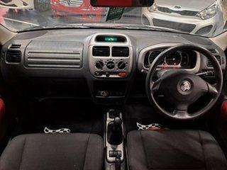 2004 Holden Cruze YG 2 Metallic Silver 5 Speed Manual Wagon