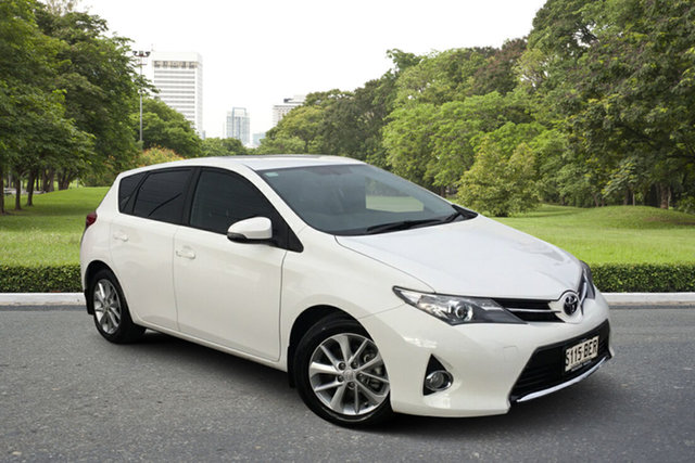 Used Toyota Corolla ZRE182R Ascent Sport S-CVT Paradise, 2014 Toyota Corolla ZRE182R Ascent Sport S-CVT White 7 Speed Constant Variable Hatchback