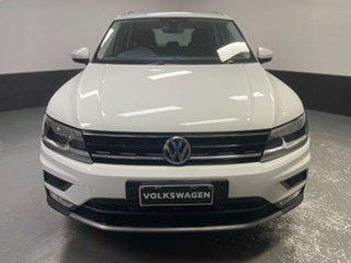 2016 Volkswagen Tiguan 5N MY17 132TSI DSG 4MOTION Comfortline Pure White 7 Speed.