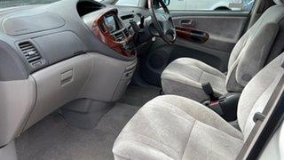 2002 Toyota Estima White 4 Speed Automatic Wagon