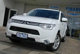 2013 Mitsubishi Outlander ZJ MY14 Aspire (4x4) White 6 Speed Automatic Wagon.