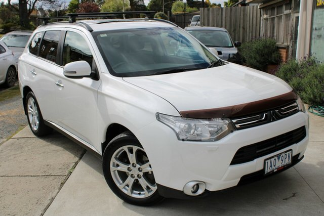 Used Mitsubishi Outlander ZJ MY13 Aspire 4WD Ferntree Gully, 2013 Mitsubishi Outlander ZJ MY13 Aspire 4WD White 6 Speed Sports Automatic Wagon