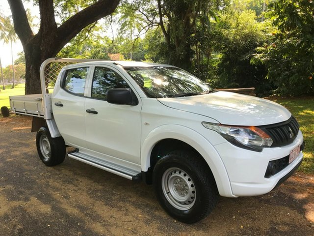 Used Mitsubishi Triton MQ MY16 Upgrade GLX Parap, 2017 Mitsubishi Triton MQ MY16 Upgrade GLX White 5 Speed Automatic Dual Cab Utility