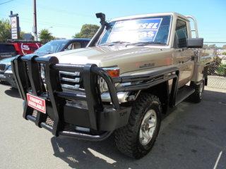 2002 Toyota Landcruiser HDJ79R RV Gold 5 Speed Manual Cab Chassis.