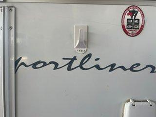 2004 AVAN Sportliner Caravan
