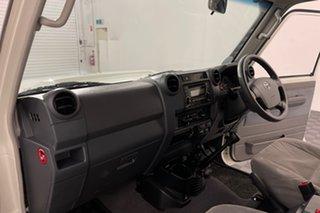 2017 Toyota Landcruiser VDJ76R GXL White 5 speed Manual Wagon