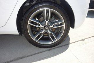 2016 Hyundai i30 GD5 Series II MY17 SR White 6 Speed Sports Automatic Hatchback.