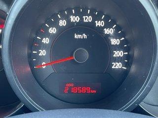2009 Kia Soul AM MY10 2.0 Red 5 Speed Manual Hatchback