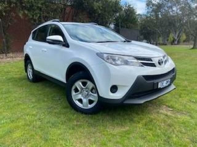 Used Toyota RAV4 ZSA42R MY14 Upgrade GX (2WD) Wangaratta, 2015 Toyota RAV4 ZSA42R MY14 Upgrade GX (2WD) Glacier White Continuous Variable Wagon