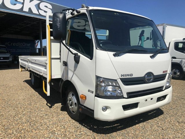 Used Hino 300 Rocklea, 2018 Hino 300 616 White Tray 4.0l