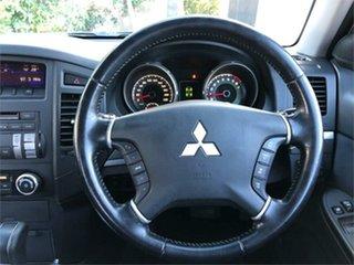 2007 Mitsubishi Pajero NS R White 5 Speed Sports Automatic Hardtop