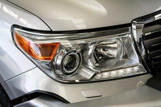2015 Toyota Landcruiser VDJ200R MY13 Sahara (4x4) Silver Pearl 6 Speed Automatic Wagon