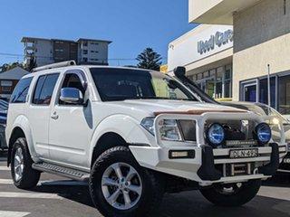 2008 Nissan Pathfinder R51 MY08 ST-L White 6 Speed Manual Wagon.