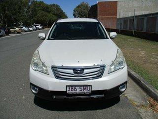 2009 Subaru Outback B5A MY10 2.5i AWD White 6 Speed Manual Wagon.