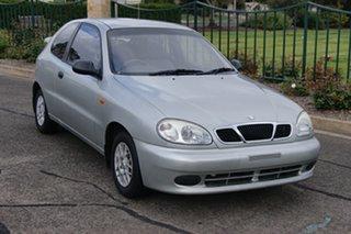 2003 Daewoo Lanos SE Silver 5 Speed Manual Hatchback.