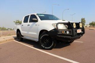 Hilux 4x4 SR 3.0L T Diesel Manual Double Cab.