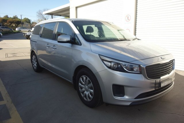 Used Kia Carnival YP MY15 S East Maitland, 2015 Kia Carnival YP MY15 S Silver, Chrome 6 Speed Sports Automatic Wagon