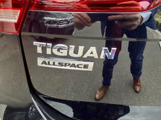 2021 Volkswagen Tiguan 5N MY21 132TSI Comfortline DSG 4MOTION Allspace Deep Black Pearl Effect